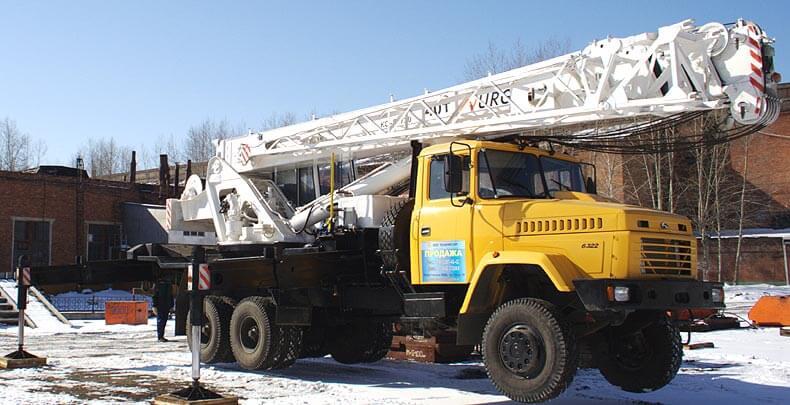 Кран KC-65720 на базе автомобиля КРАЗ
